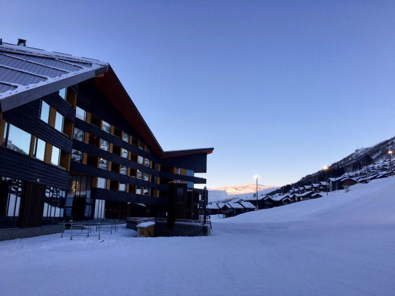 Zonsopgang in Myrkdalen: in januari pas rond half 10!