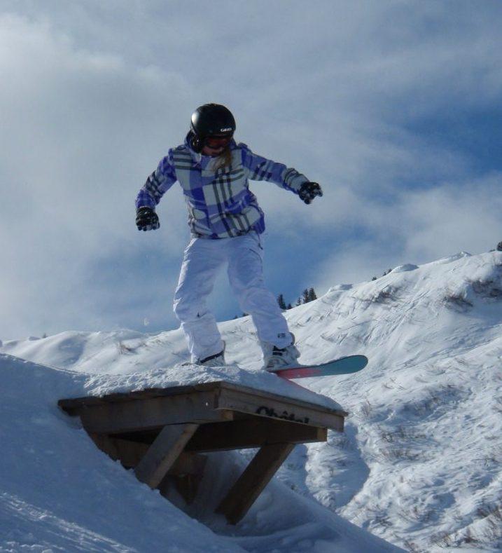 Chatel Haute Savoi Mountain bike Snowboard