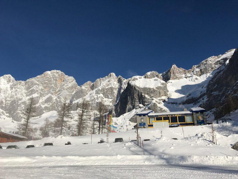 De gondel naar de gletsjer. Dat belooft een schitterende dag te worden!