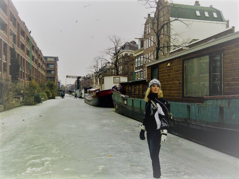 Schaatsen op de Amsterdamse grachten in 2012