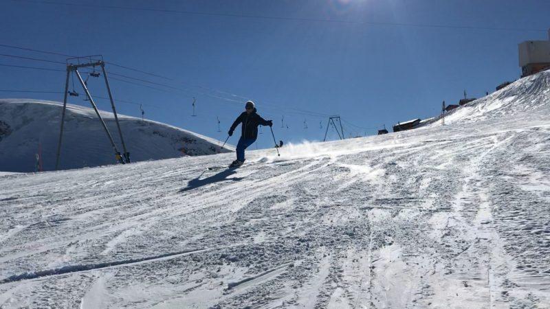 Skiën aan de voet van de gletsjer