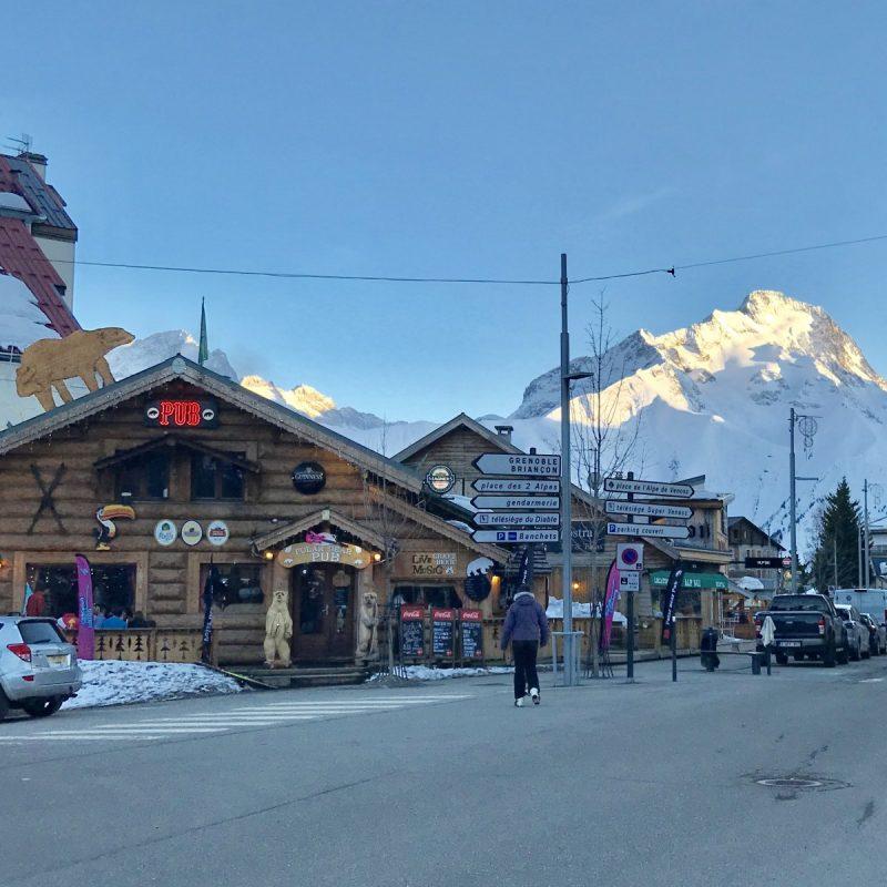 Het lijkt Alaska wel, maar het is toch echt de Berenbar in Les Deux Alpes