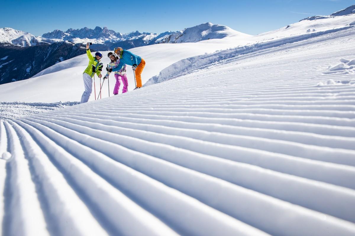 Op pad in Ski Center Latemar. Foto: vsitfiemme/F. Modica