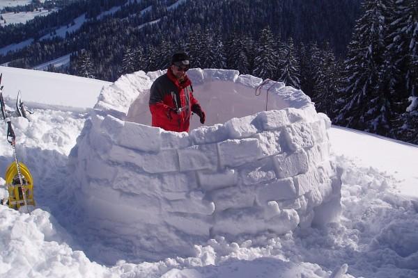 Je eigen iglo bouwen kan in Pfronten. Bron: pfronten.de