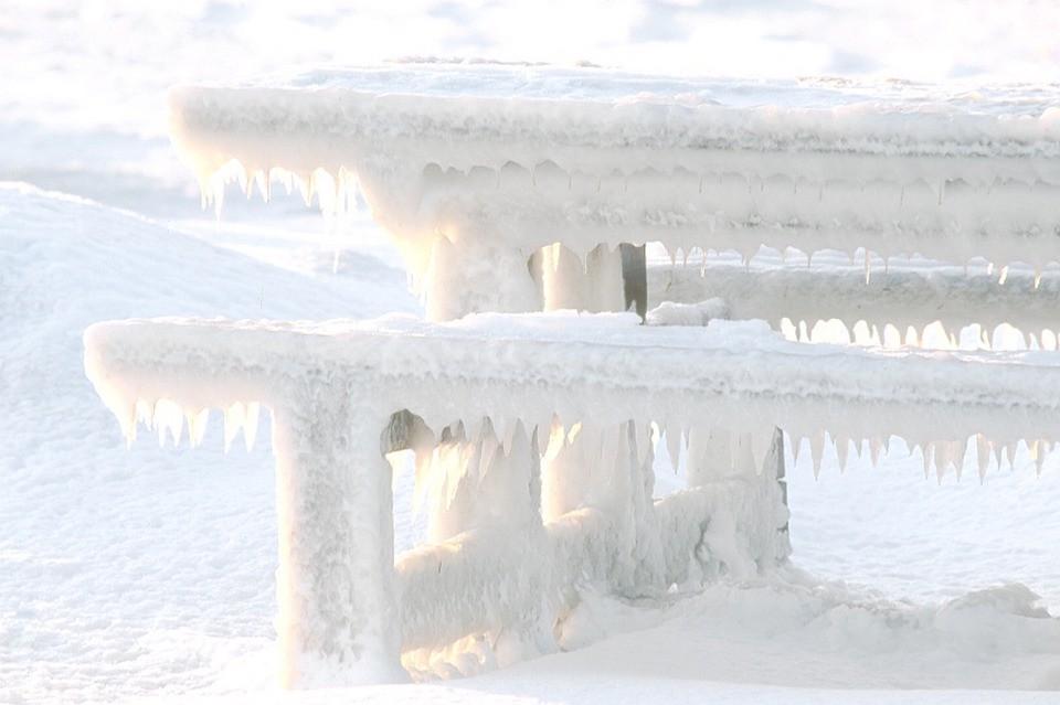 bevroren ijspegels