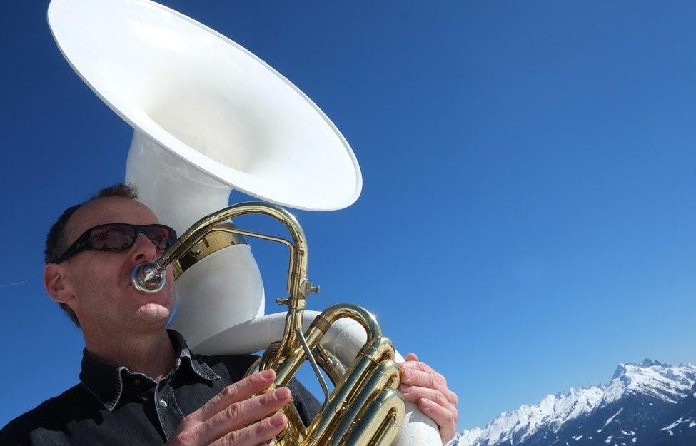 Je maakt de muziek van heel dichtbij mee. Foto: Val di Fiemme