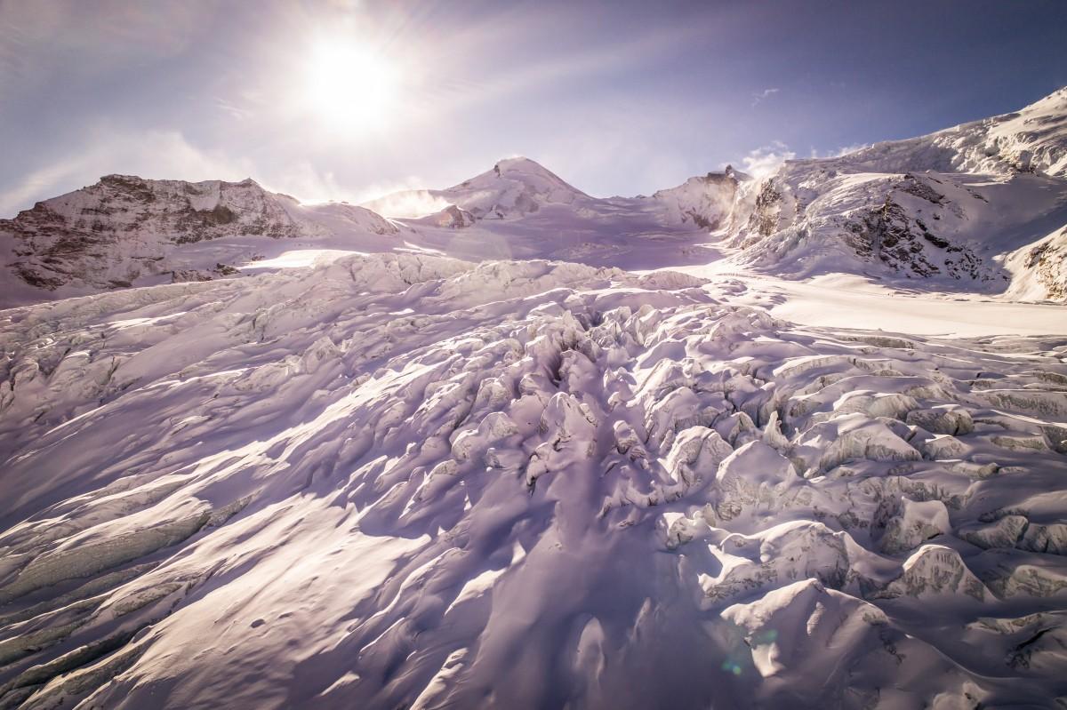 Sneeuw en ijs genoeg, zo hoog in de bergen. Foto: Saas-Fee