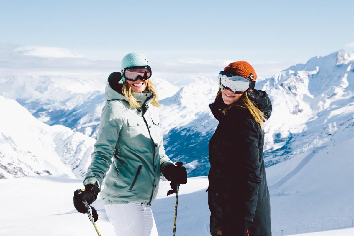 Skiën in Saas-Fee is fantastisch! Geniet van de mooie brede pistes. Foto: Saas-Fee