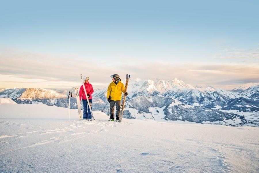 On of off-piste skiën, het kan allemaal in het Skicircus Saalbach Hinterglemm Leogang Fiberbrunn © Mirja Geh / Eye 5