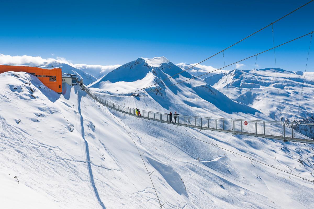 Test je hoogtevrees op de hoogste hangbrug van Europa. (c) Gasteiner Bergbahnen AG