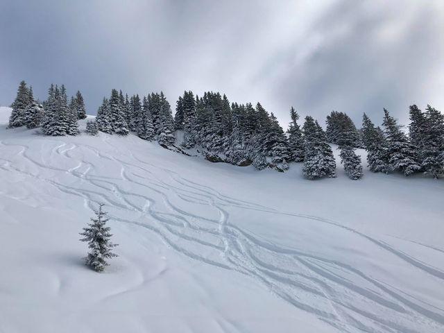 föhnstorm sneeuw